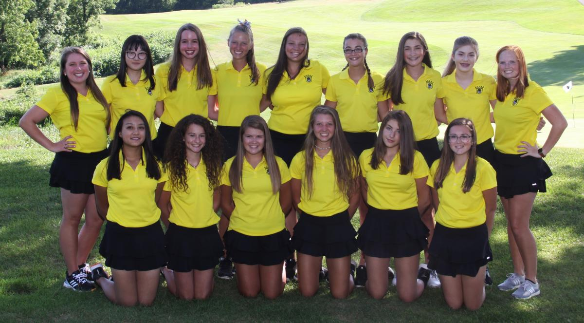 The 2019 Penn Girls Golf Team.