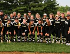 The 2019 Regional Champion Penn Softball Team.