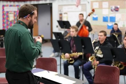 Penn Music Instructor Aaron Griesser conducting Advanced Jazz class.