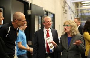 Indiana Supt. Glenda Ritz visits Penn