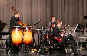 Advanced jazz ensemble plays at Kaleidoscope